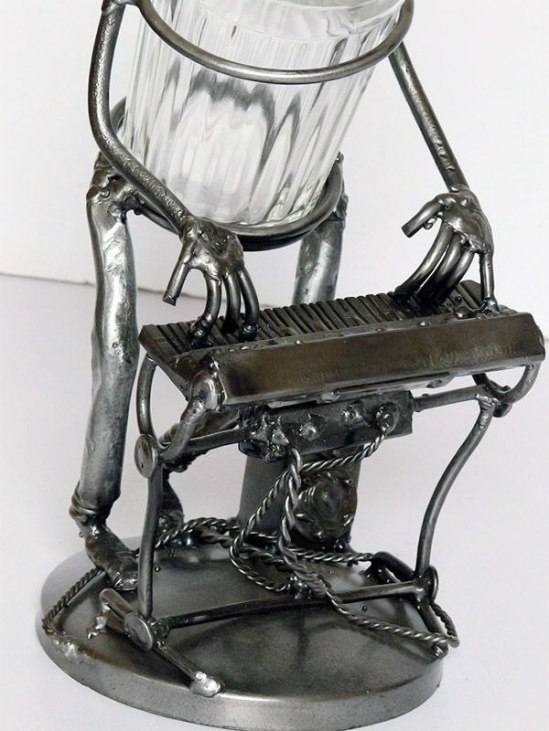Клавишник-стакан-2